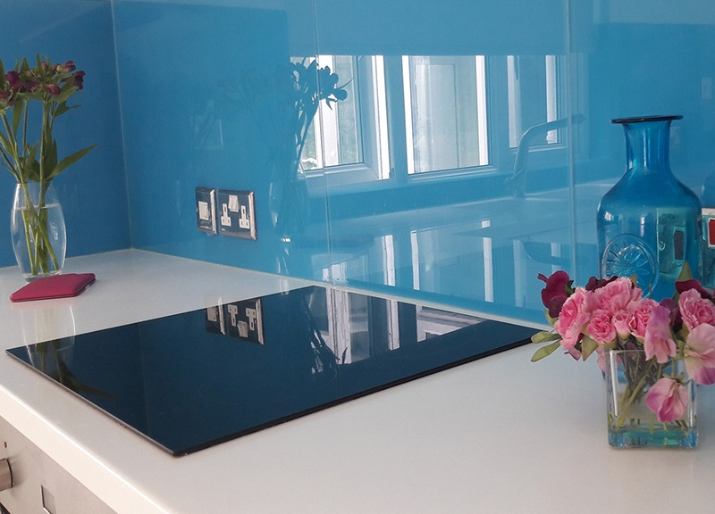 kitchen blue glass splashback