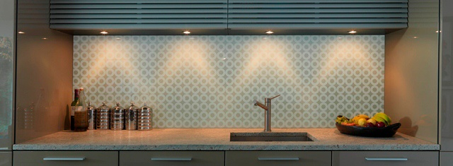 kitchen patterned glass splashback