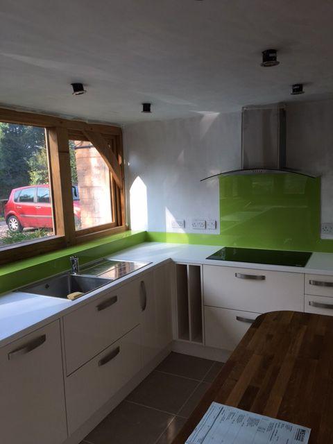 green splashback glass