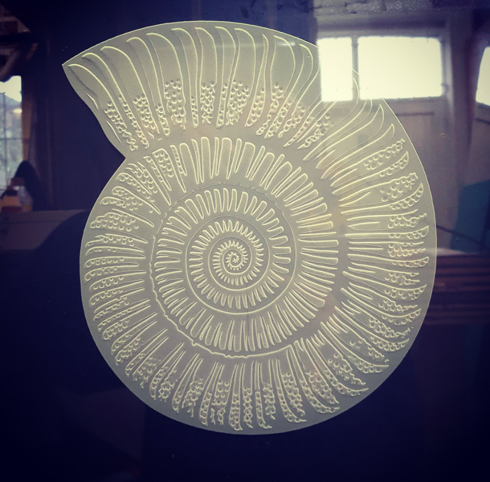 Deep Sandblast Shell Cornwall Glass