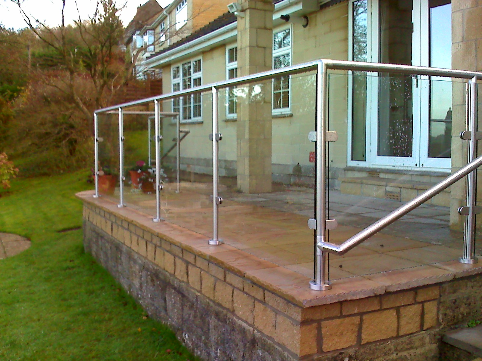 External Glass Balustrade with rail