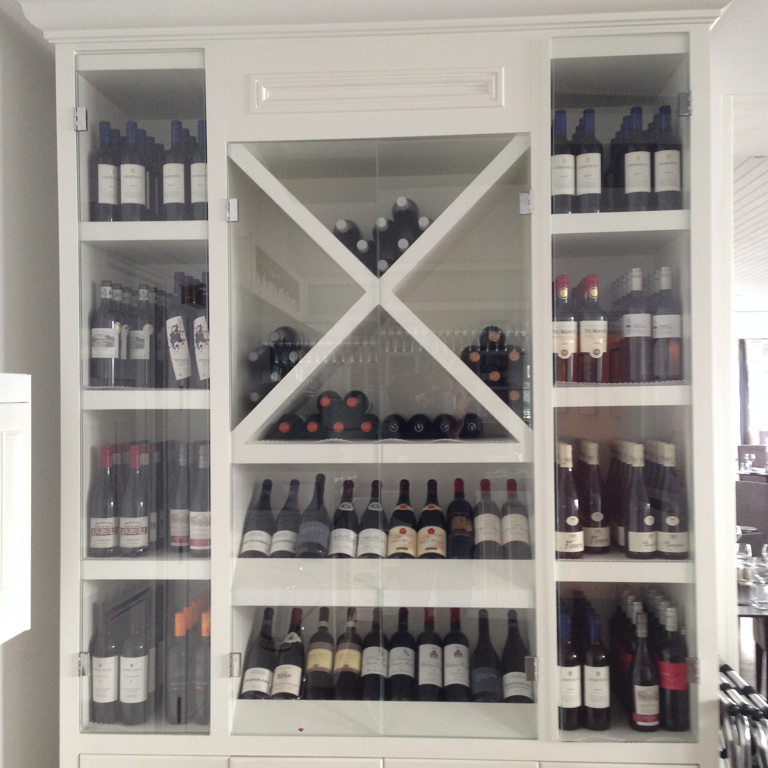 carbis bay wine case