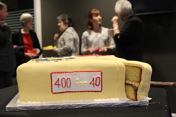 400 for 40 Cake