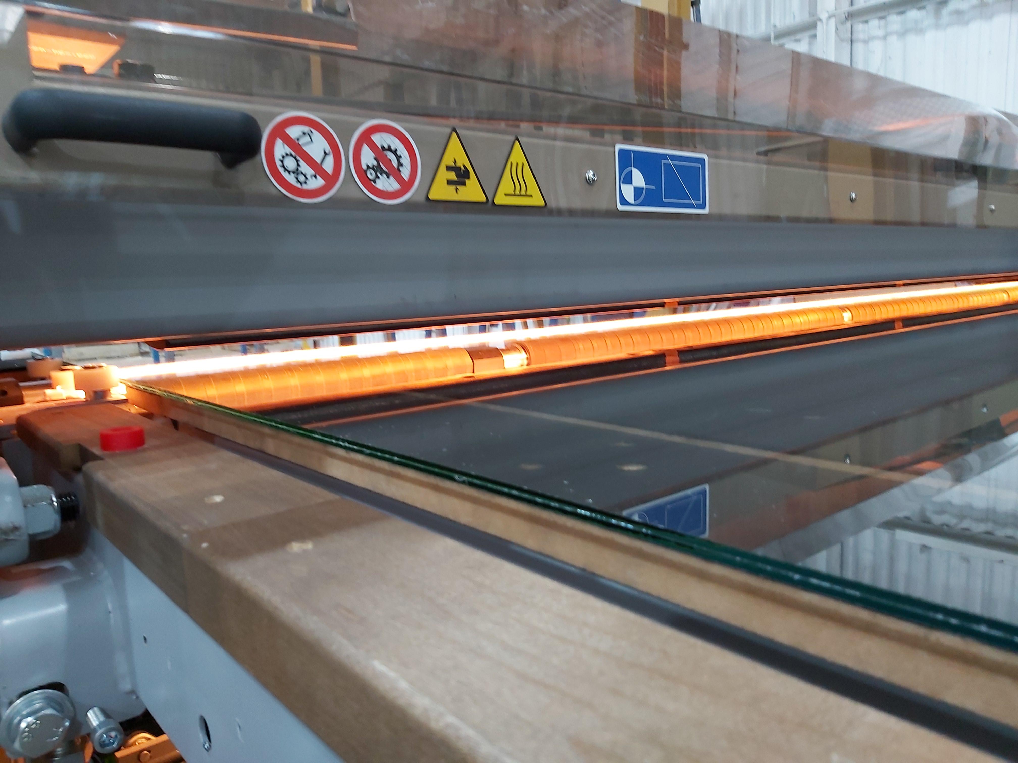 Cutting Laminate Glass